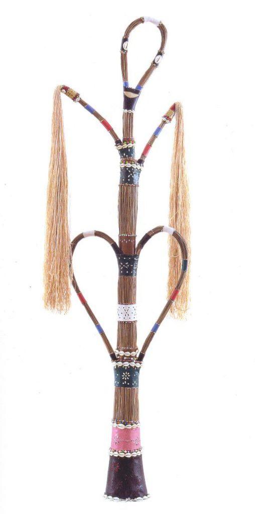 Mestre Didi- Deoscoredes Maximiliano dos Santos - Mestre Didi , 1998. 190 x 56 cm (Crédito: Reprodução)
